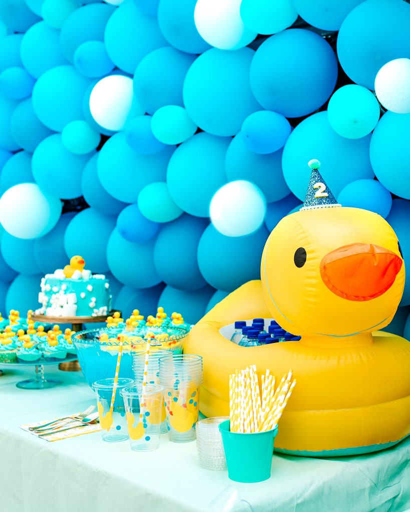 Balloon wall, drink holder inflatable duck for Rubber Duck Party