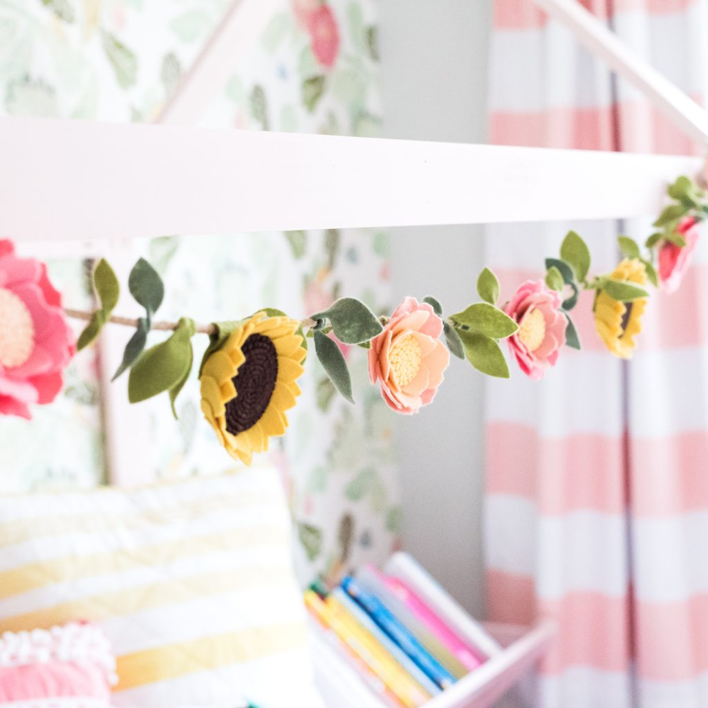 Floral garland | JessicaEtCetera.com | Lifestyle, Childhood & Photography Blog by Jessica Grant