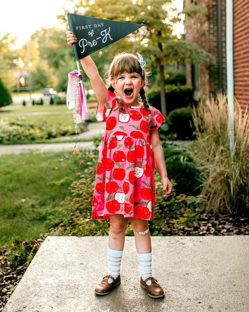 The best First Day of School Photo | JessicaEtCetera.com | Lifestyle, Childhood & Photography Blog by Jessica Grant