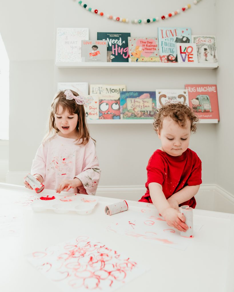Easy Valentine craft for preschoolers and toddlers