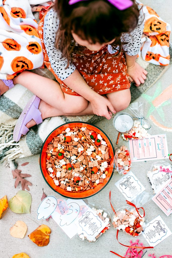 You've Been Booed! Here's how to celebrate Halloween with this fun tradition of booing your neighbors or friends. Make a treat basket, drop it off, don't get caught!