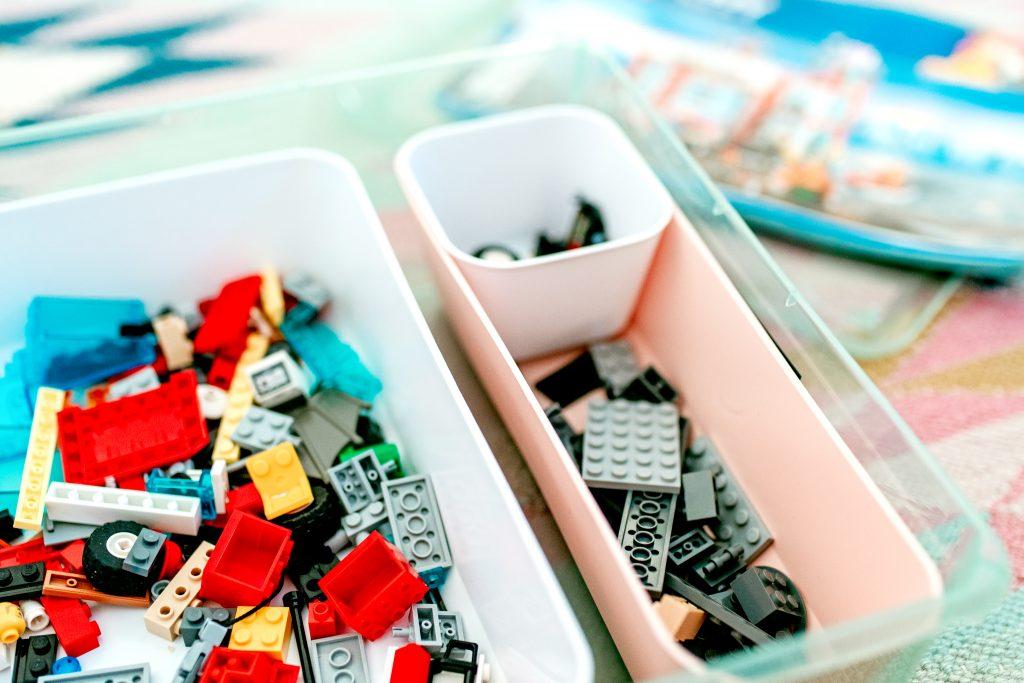 Sort legos using this modular lego storage system