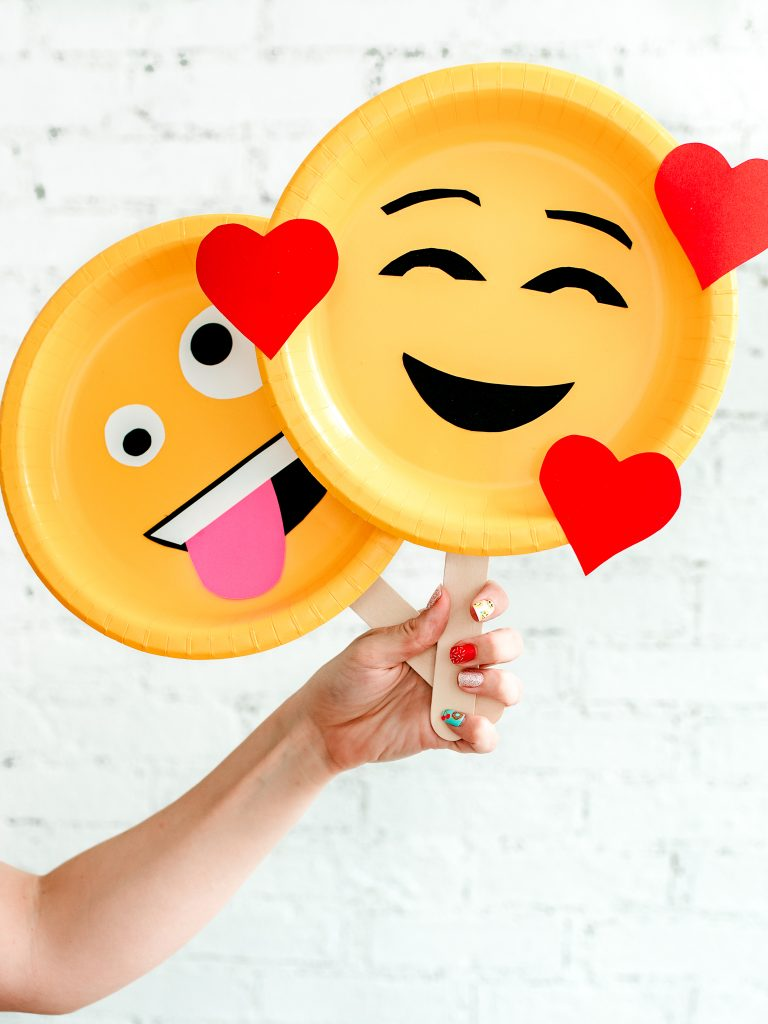 Create an emoji face mask to show how you're feeling today! An easy 5 minute craft for kids to make their own emoji face