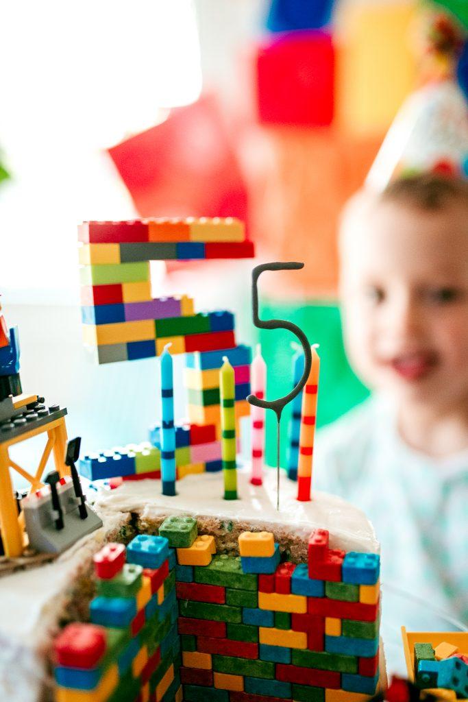 Happy 5th Birthday! Lego birthday party theme